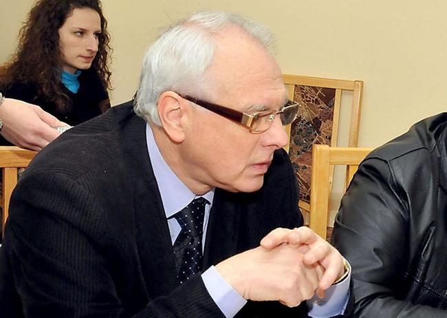 Каракачанов е първият военнен министър на ЕС и НАТО, наредил да се щурмува джамия